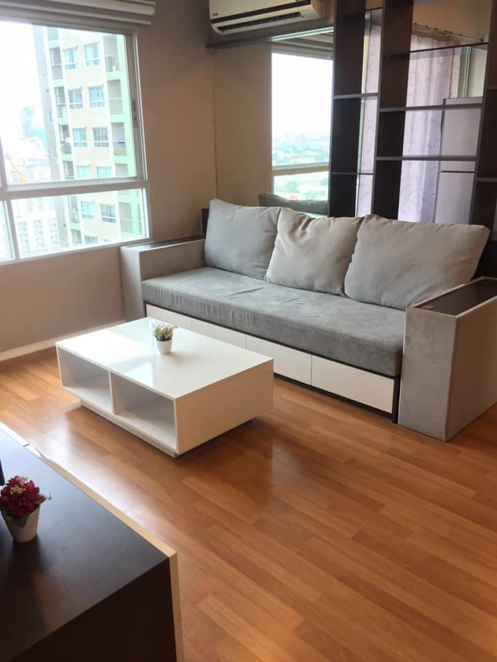 For RentCondoRama9, RCA, Petchaburi : Condo for rent Lumpini Park Rama 9 - Ratchada (Lumpini park rama9 - ratchada) - 2 bedrooms, 1 living room, 2 bathrooms, 1 kitchen - Room size 52 sqm. Building A, floor 20, East, rent 20,000 baht / month