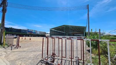 For SaleLandRathburana, Suksawat : Land for sale, Suksawat 64 beautiful plots, 3 rai 10 sq.wa., width 58 m. Access in many ways, 500 m away from the entrance