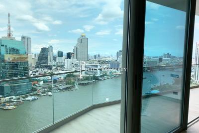 For SaleCondoWongwianyai, Charoennakor :   3x - 4x floor   SALE DOWN SALE both 2 & 3 bedrooms FOR SALE The Residences at Mandarin Oriental ICONSIAM ICONSIAM Ultimate Class (The Residences at Mandarin Oriental)