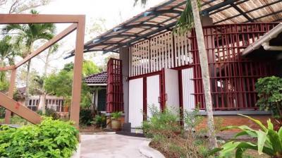 เช่าบ้านพัทยา ชลบุรี : ให้เช่าบ้านพักตากอากาศในสนามกอล์ฟพัทยาคันทรีคลับ วิวทะเลสาบ
