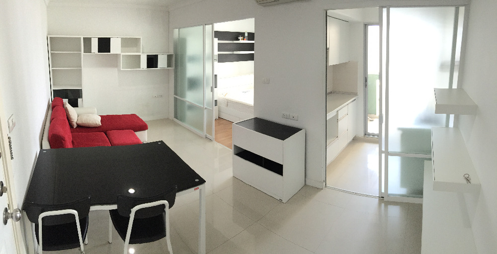 For RentCondoRama9, RCA, Petchaburi : Condo for rent: Lumpini Place Rama 9, corner room, near MRT / Central Rama 9