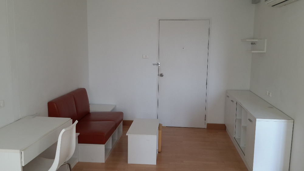 For RentCondoRama 2, Bang Khun Thian : For rent, Smart Condo Rama 2, Studio room, Building H, 7th floor, good view, balcony / window facing the project. The view is open, not blocked.
