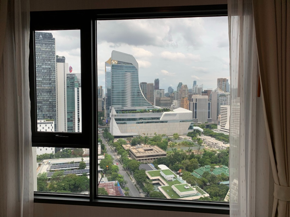 For RentCondoWitthayu,Ploenchit  ,Langsuan : Nice room, good view, Price only 20,000 baht, 1 bedroom 34 sqm, Condo Life One Wireless, near BTS Ploenchit. Close to Central Chidlom