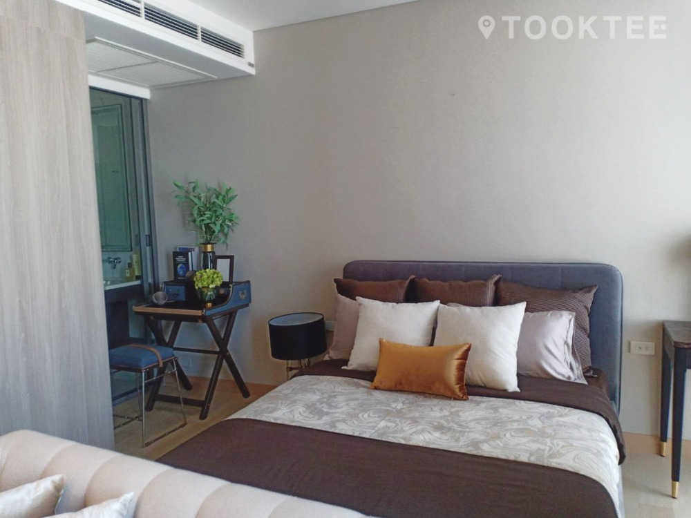 For SaleCondoKhlongtoei, Kluaynamthai : Siamese Exclusive Queen, 1 bed, size 34 sqm., 7th floor, next to MRT, Sirikit Center, 50 meters in the heart of the CBD.