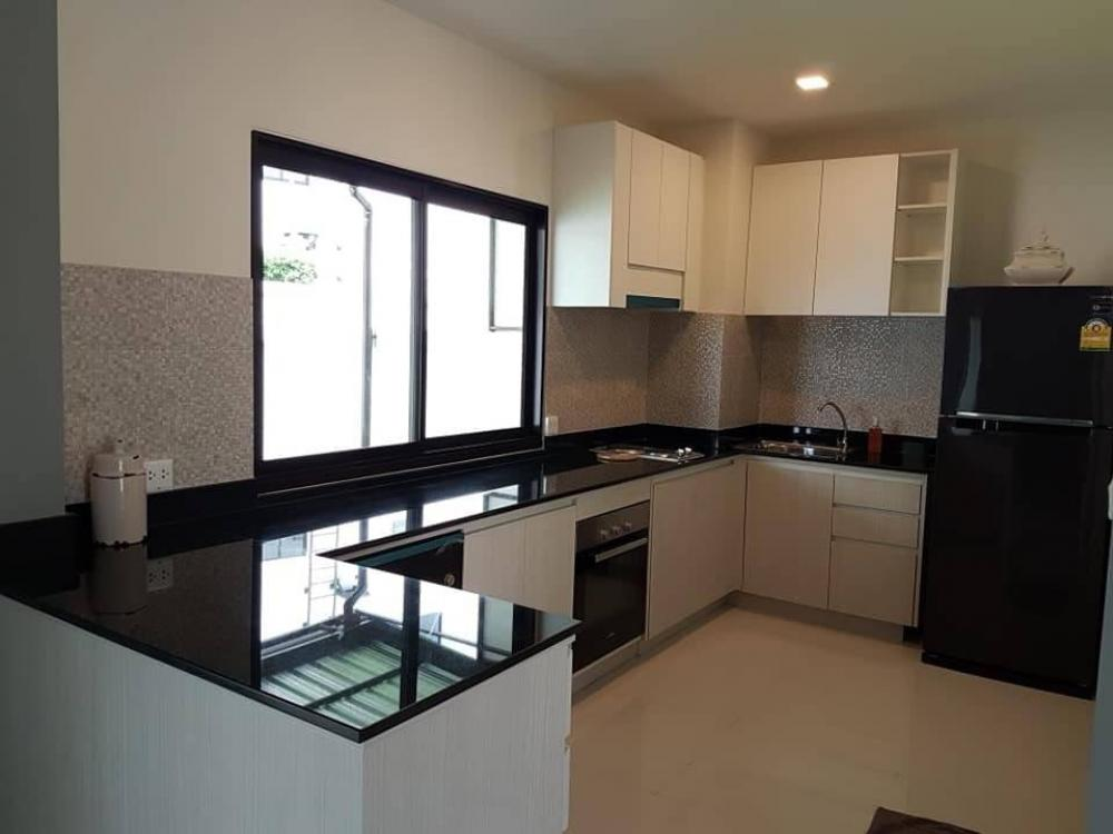 For RentTownhousePattanakan, Srinakarin : For Rent New Townhome 3 stories Krungthep Kreetha
