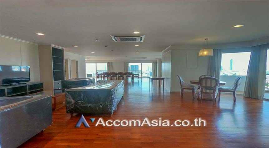 For RentCondoSathorn, Narathiwat : Perfect life in Bangkok Apartment 4+1 Bedroom For Rent BRT Technic Krungthep in Sathorn Bangkok ( 1521228 )