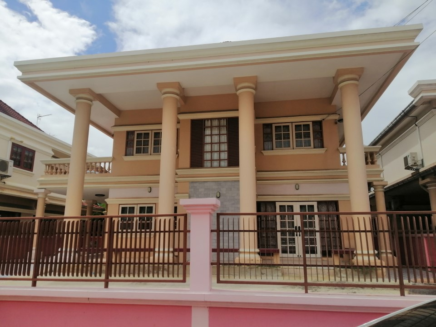 เช่าบ้านปิ่นเกล้า จรัญสนิทวงศ์ : ให้เช่า บ้านเดี่ยว2ชั้น 80ตรว. มี3ห้องนอน 3ห้องน้ำ  4ระเบียง  ถนน บรมราชชนนี ใกล้มหาลัยมหิดล ให้เช่า20,000/เดือน