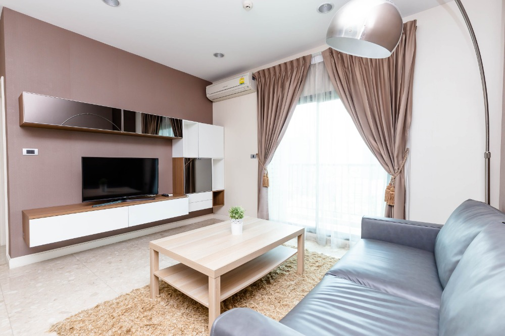 For RentCondoSukhumvit, Asoke, Thonglor : Room for rent, luxury project, city view, fully furnished, near BTS Thonglor, only 120 meters. CD203576