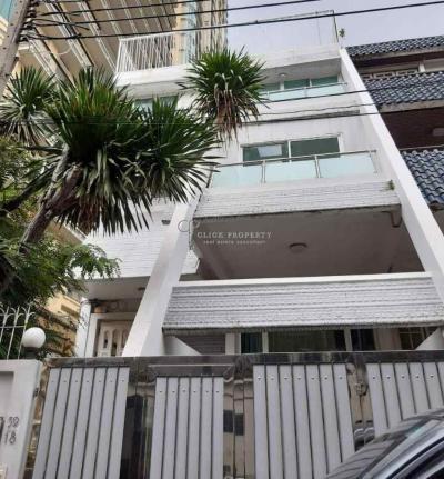 For RentTownhouseSukhumvit, Asoke, Thonglor : ✦6beds 4baths✦ FOR RENT Townhome 4.5 floors @ Sukhumvit soi 31 Next to Royce Condominium | Townhome for rent, Townhouse in Sukhumvit, near BTS Asoke & MRT Sukhumvit station.
