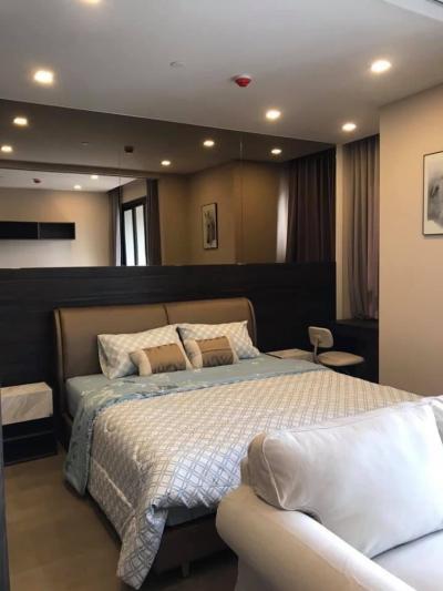 For RentCondoSukhumvit, Asoke, Thonglor : For rent, 1 bedroom, 34.50 sq.m., next to MRT Sukhumvit, just 20 m Ashton Asoke.