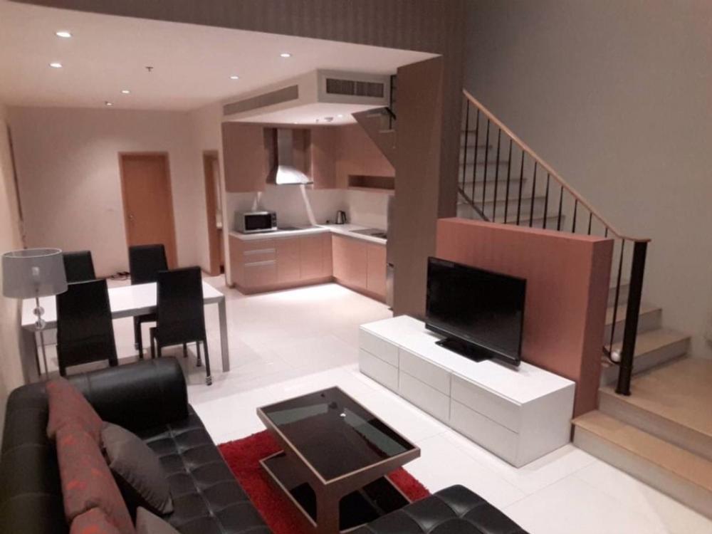 For RentCondoSukhumvit, Asoke, Thonglor : Condo for rent: The Emporio Place, Soi Sukhumvit 24. Type: 1 bedroom 1 bathroom Size: 83 square meters Floor: 22 Rental price 42,000 baht / month.