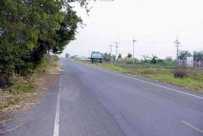 For RentLandNakhon Nayok : Land for rent in Pho Tan, Nakhon Nayok, there are 2 plots, 4 rai each, next to the main road, Nakhon Nayok 2024.