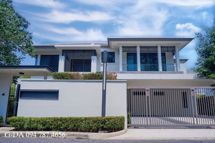 For SaleHouseRattanathibet, Sanambinna : 2022 Ladawan Rattanathibet, a single house in Modern Luxury style, near BTS Tha It Station