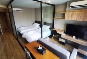 For RentCondoSathorn, Narathiwat : A1484 For rent, Blossom @ Sathorn-Charoenrat, Blossom Condo | 1 bed, size 30 sq m. * BTS Surasak.