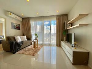 For RentCondoRatchadapisek, Huaikwang, Suttisan : Condo For Rent @MRT Sutthisan station 31th High Floor, 1Bed with fully furnished and all appliances needed Welcome both monthly & yearly contract.