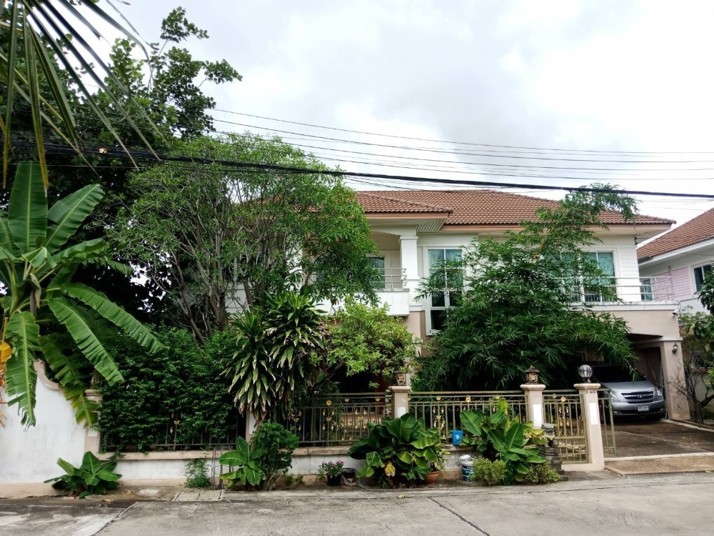For SaleHouseNawamin, Ramindra : 2-storey detached house, 124 square wah, Hutsadin village, Soi Sai Mai 58, with private pool inside the house, good location, most striking price