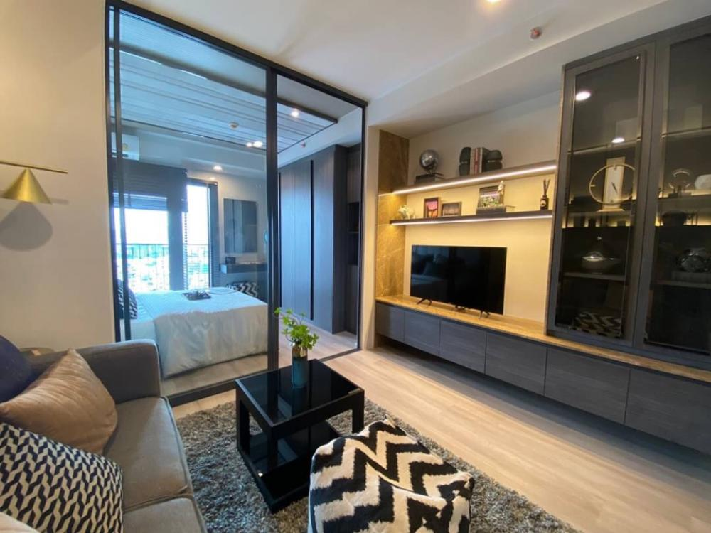 For SaleCondoRatchadapisek, Huaikwang, Suttisan : Cheap sale, free transfer, Ideo Ratchada-Sutthisan, 1 bedroom, 100% borrowed, pay at only 3,500 baht per million !!