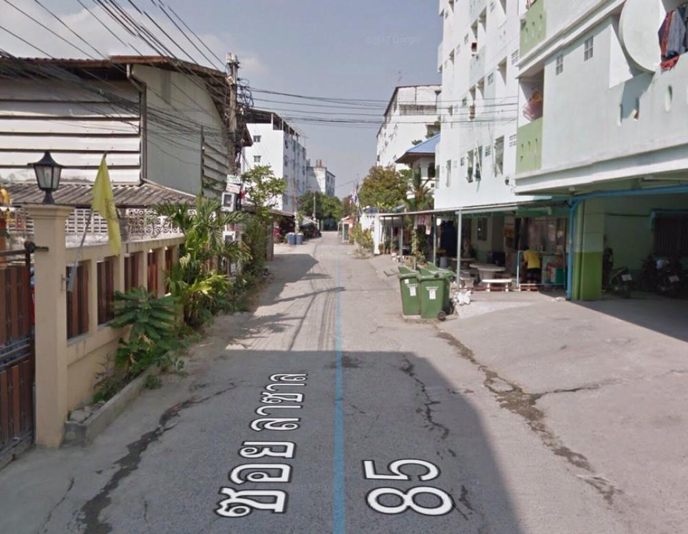 For SaleLandBangna, Lasalle, Bearing : Sale of land and buildings, Soi Lasalle 85 - Srinakarin, close to the train, good location, close to all expressways