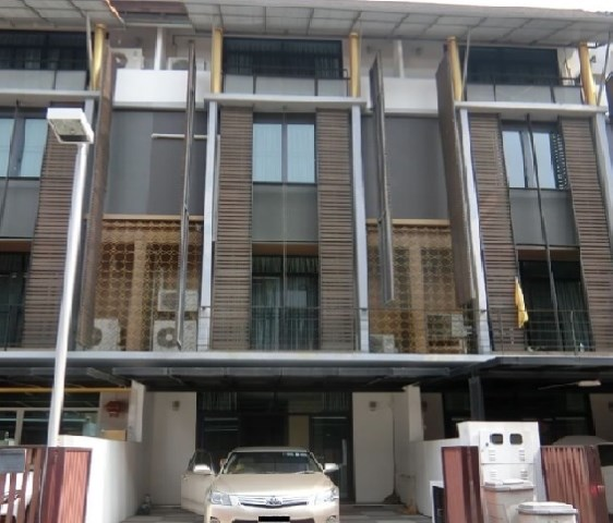 For RentTownhouseRama3 (Riverside),Satupadit : 4-storey townhome for rent, Flora Mary Gold Village Along Sathupradit Rama 3 Road, beautiful house, fully furnished.