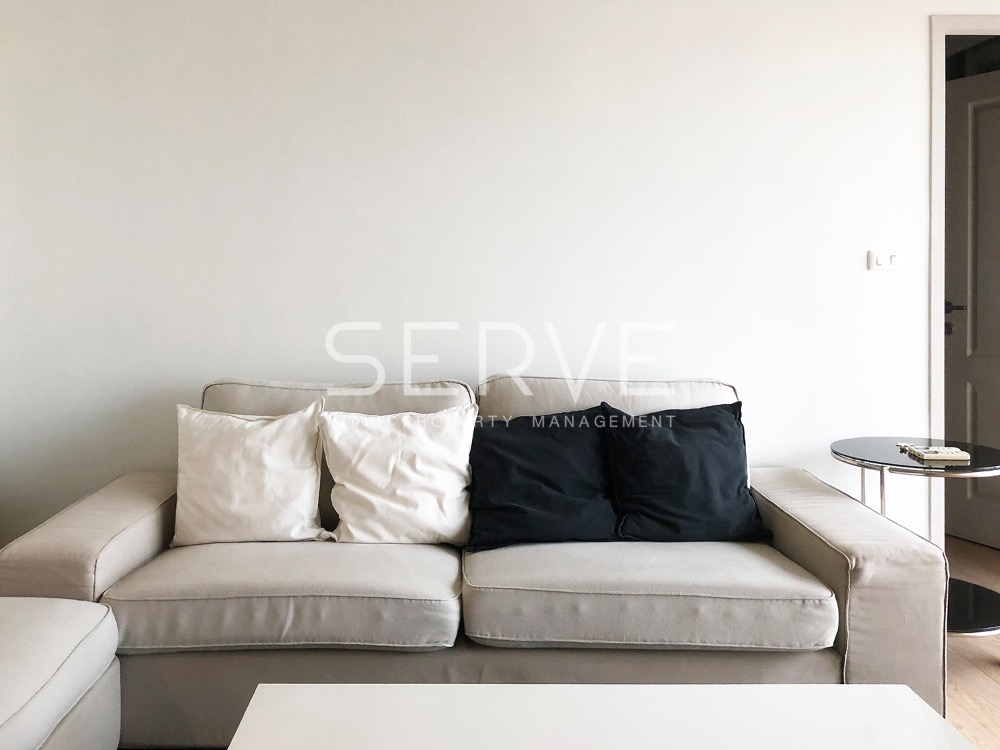 For RentCondoSukhumvit, Asoke, Thonglor : Noble Refine Condo for Rent - Corner 1 Bd. Unit with City View // Condo in Phrom Phong Next to BTS