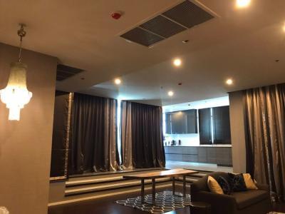 For SaleCondoRama9, RCA, Petchaburi : 3 bedrooms for sale, high floor, new room, very beautiful decoration, good price
