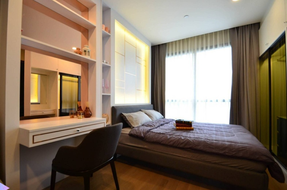 For SaleCondoSiam Paragon ,Chulalongkorn,Samyan : FOR SALE ASHTON CHULA SILOM Studio 24.50 sqm high floor fully furnished, Ready to move in  only 6.29 MB !!