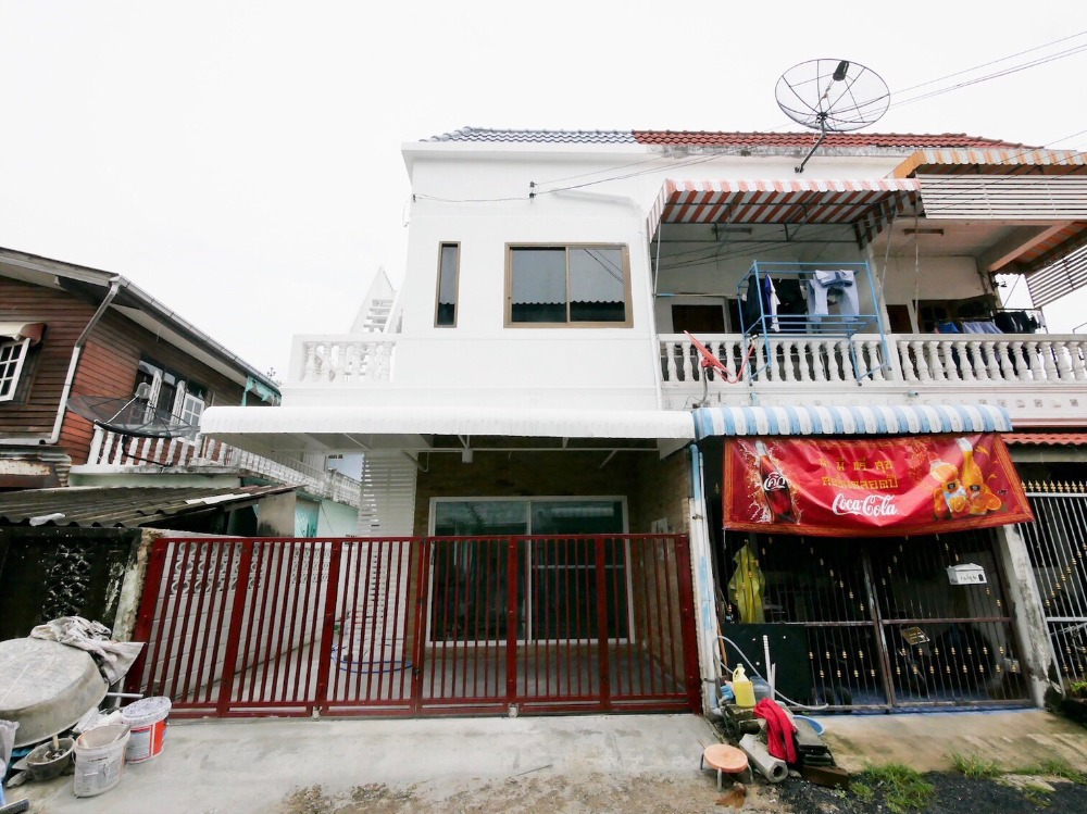 For SaleTownhouseLadkrabang, Suwannaphum Airport : Townhome Chalerm Phrakiat 9 Soi 12