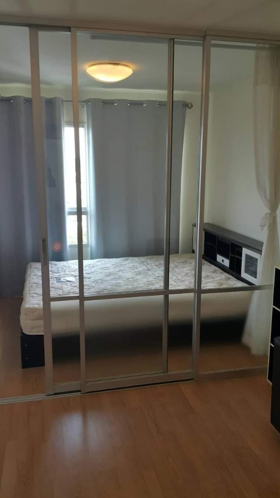For RentCondoLadkrabang, Suwannaphum Airport : For rent !! Condo Lumpini Ville On Nut - Ladkrabang 1 special price 6,000 baht including common fees With furniture