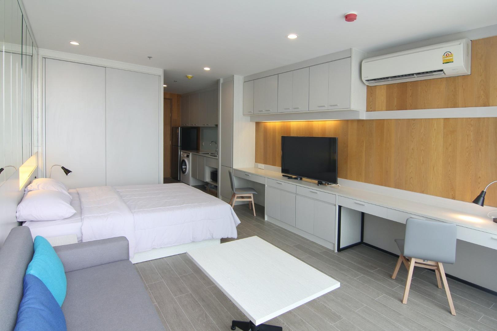 ขายคอนโดสาทร นราธิวาส : Fully Interior Decoration 1 Bedroom for rent