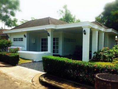 ขายบ้านระยอง : ขายบ้าน พร้อมที่ดิน หมู่บ้าน Rock Garden Beach Resort หาดแม่พิมพ์ จ. ระยอง 2 ห้องนอน 2 ห้องนำ้ 100 ตรม. ที่ดินขนาด 89 ตรว. ราคาขาย 3,000,000 บาท