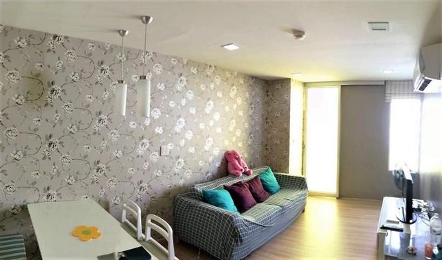 For RentCondoRatchadapisek, Huaikwang, Suttisan : AE0336 For rent, The Color Vivid Condo, near MRT Huai Khwang, corner room, size 57.65 sq m, 2 bedrooms, 2 bathrooms, 7th floor.