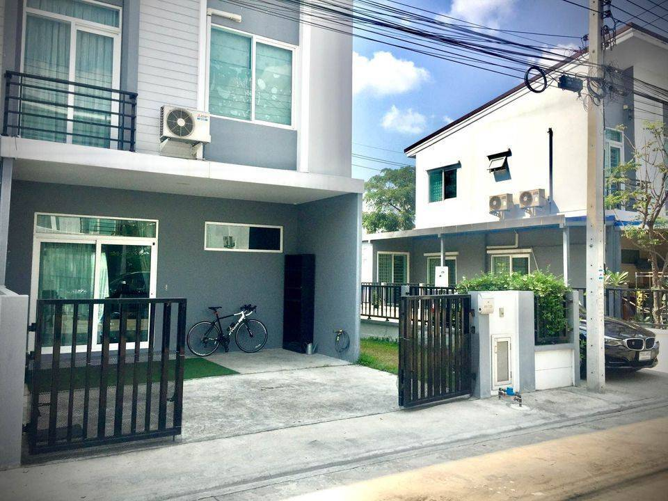 For RentTownhouseBangna, Lasalle, Bearing : ** For rent, Townhome Fully-Furnished, 3 bedrooms, Casa City Bangna Km 7, near Mega Bangna