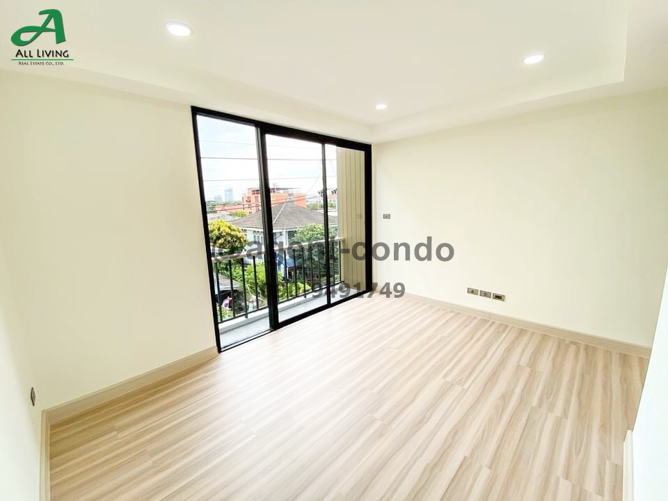 For RentHome OfficeOnnut, Udomsuk : For rent SPACE Home Office near BTS Punnawithi and Udomsuk.