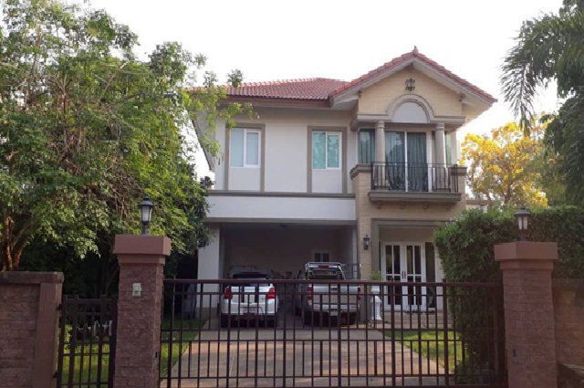 For RentHouseNawamin, Ramindra : 2 storey detached house for rent with reception Laddarom Village, Watcharapol-Rattanakosin, Rattanakosin Road, beautiful house, 155 square meters, 7 air conditioners, no furniture, good location, can support animals.