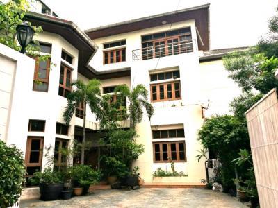For SaleHouseKasetsart, Ratchayothin : Luxury house for sale, 3-storey detached house, Soi Phaholyothin 32 (Senanikom 1) near the expressway. ** Ref.A01170603 **