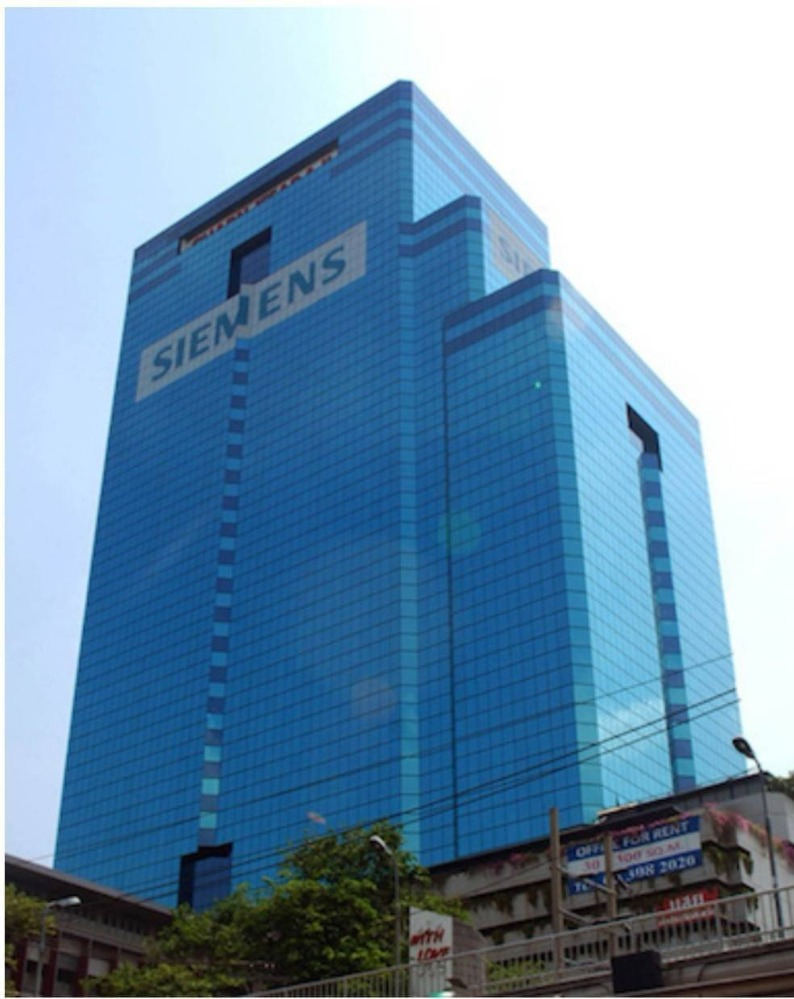 For SaleOfficeSukhumvit, Asoke, Thonglor : Office space for sale with tenants Thonglor-Ekkamai, high returns more than 8%, Charn Issara Building 2, Petchaburi
