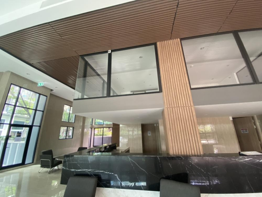 For RentOfficeSathorn, Narathiwat : Beautiful office for rent in Sathorn area near BTS ‼ ️ can be rented