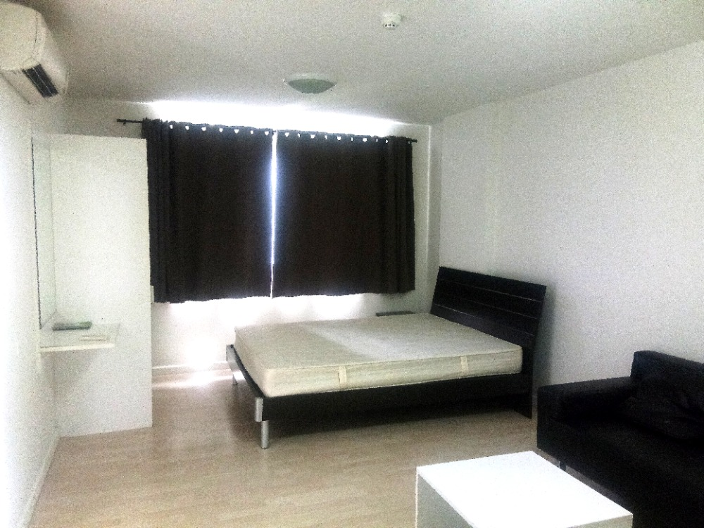 For RentCondoPattanakan, Srinakarin : Urgent for rent !! D condo D Condo (On Nut - Suvarnabhumi) 6,500 per month, inclusive of common fees, free parking for 1 car.