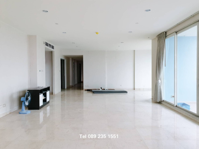 For RentCondoWongwianyai, Charoennakor : For rent !!! Watermark Chaophraya River 4 bed, high floor, beautiful view, special price.