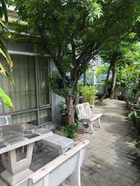 For RentOfficeRatchadapisek, Huaikwang, Suttisan : Office building for rent, 6 floors, area 1,300 sq m, Ratchadaphisek-Huaykwang road area. Near the intersection of Suthisan, MRT Suthisan, Muang Thai Phatra in and out of many routes. , Off Ratchadaphisek Road, Ladprao 48 Road, Soi 20 Jun., Rama 9, Meng Ch