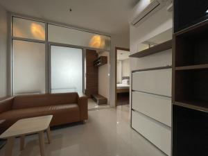 For SaleCondoRama9, RCA, Petchaburi : Condo For SALE Special Price 4,500,000 2 Bedroom 36th Floor เครื่องใช้ไฟฟ้า/เฟอร์นิเจอร์ ครบ วิวสวย วิวเมือง