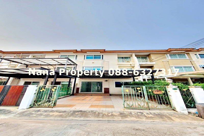For RentTownhouseBangkruai, Ratchapruek : 3-storey townhome for rent, on Bangkok Non Road, near MRT Tiwanon intersection, 2 km.
