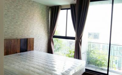 For RentCondoWongwianyai, Charoennakor : Condo Bangkok Feliz Sathorn-Taksin @BTS Krung Thon Buri 30 sq.m 1Bed 3rd floor Pool View, Fully furnished