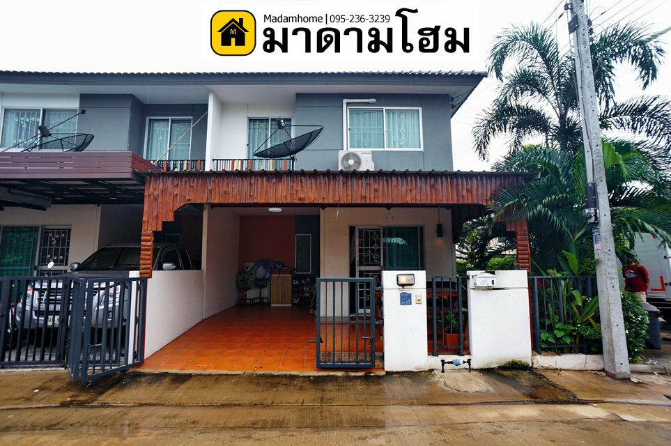 For SaleTownhouseCentral Provinces : Pruksa Village 99 Pruksa Nara Ayutthaya Ayutthaya second-hand houses Second hand house Ayutthaya Madam home