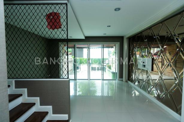 For SaleTownhouseRathburana, Suksawat : House for sale in the middle of the city, Rama 3, Rat Burana, behind the corner, built-in.