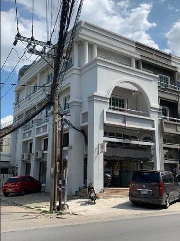 เช่าตึกแถว อาคารพาณิชย์รัตนาธิเบศร์ สนามบินน้ำ พระนั่งเกล้า : RP095ให้เช่าตึก 300 ตรม ติดธุรกิจบัณฑิตย์ ทำเลดีมาก มีที่จอดส่วนตัว 6 คัน