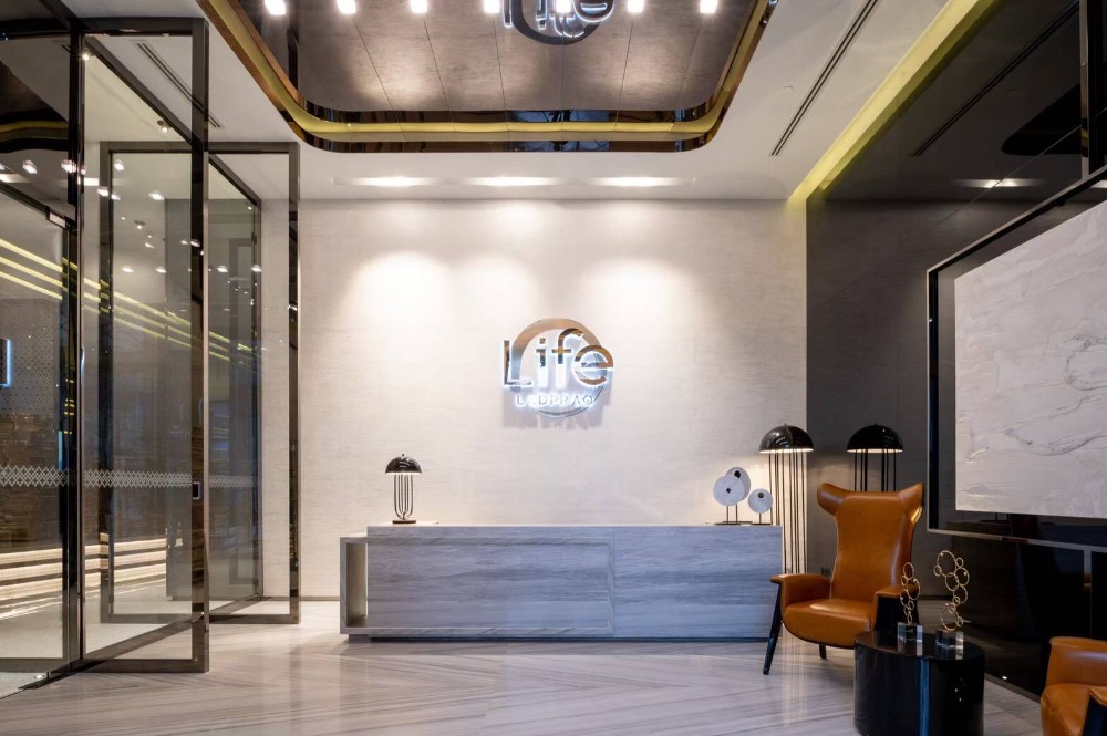 For RentCondoLadprao, Central Ladprao : Luxury condo for rent Completed new construction near Central - Ladprao.