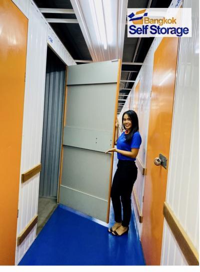 เช่าโกดังคลองเตย กล้วยน้ำไท : Bangkok self storage ห้องเก็บของส่วนตัว 1.5-100 ตร.ม. ใจกลางเมือง ติดทางด่วน ใกล้ท่าเรือคลองเตย *สนใจติดต่อรับส่วนลดพิเศษถึง 60% 099-421-4546 (คุณหลิน)
