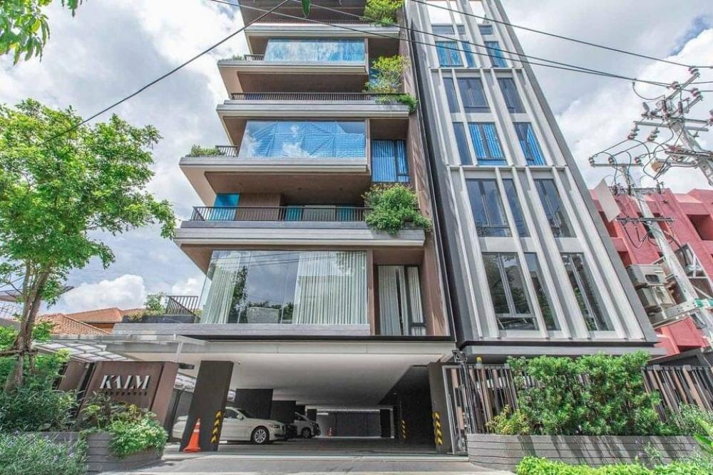For RentCondoRama9, RCA, Petchaburi : TG42-0008 Urgent rent !! Kalm Penthouse, a luxury condominium, the ultimate project of privacy, only 16 units.