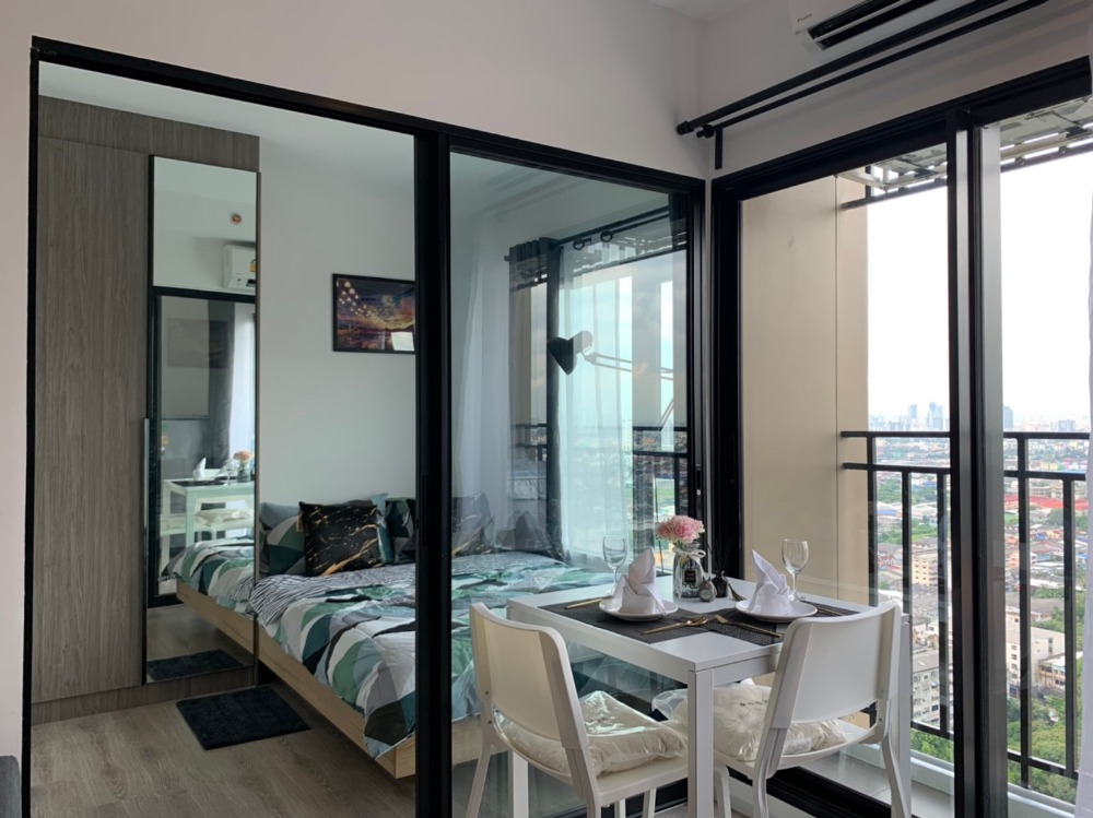 For RentCondoSamrong, Samut Prakan : Great value for rent, Kensington Sukhumvit-Thepharak condo, beautiful view, cheap price, complete furniture in one room